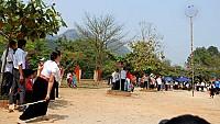 Sôi Nổi Lễ Hội Ném Còn 3 Nước Việt - Lào - Trung