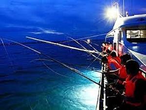Ngắm Hoàng Hôn Câu Mực Đêm Trên Đảo Phú Quốc