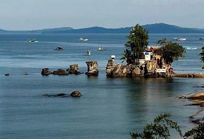 Đảo Ngọc Phú Quốc Thu Hút Du Khách Nước Ngoài