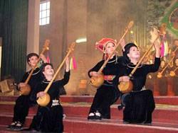 Gìn Giữ Và Phát Huy Kho Tàng Dân Ca, Dân Vũ Việt Bắc
