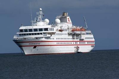 Tàu Biển Hanseatic Cập Cảng Phú Quốc