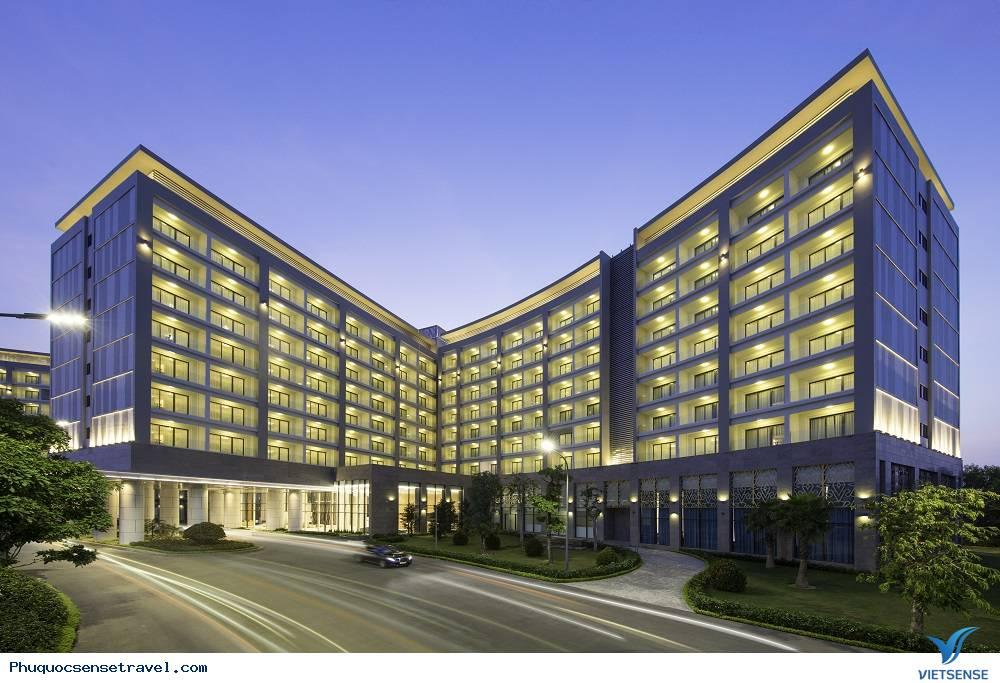 Khách sạn VinOasis Phú Quốc 4 sao