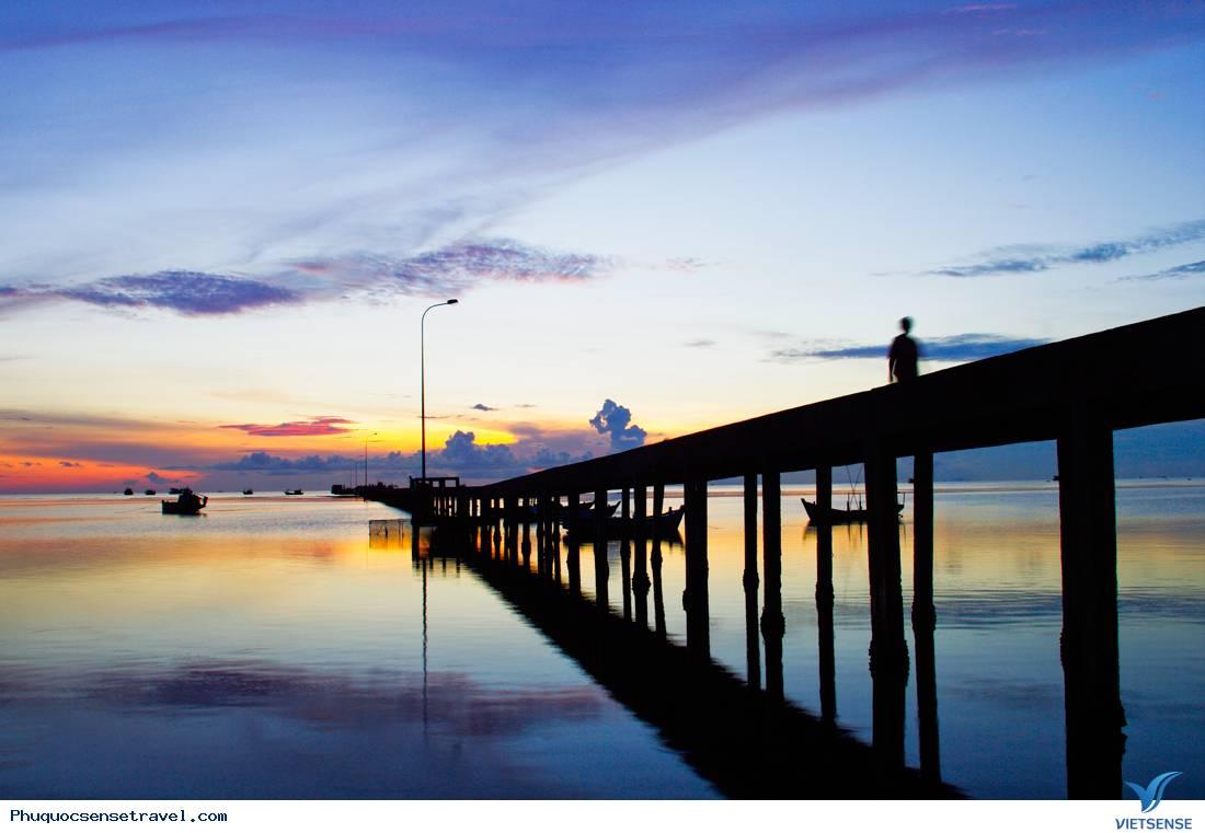 Trải nghiệm hấp dẫn nơi làng chài cổ Hàm Ninh, Phú Quốc